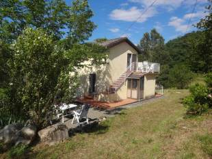 2 bedroom Detached home in Tuscany, Lunigiana...