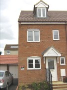 3 bed semi detached house to rent in Dairy Way...