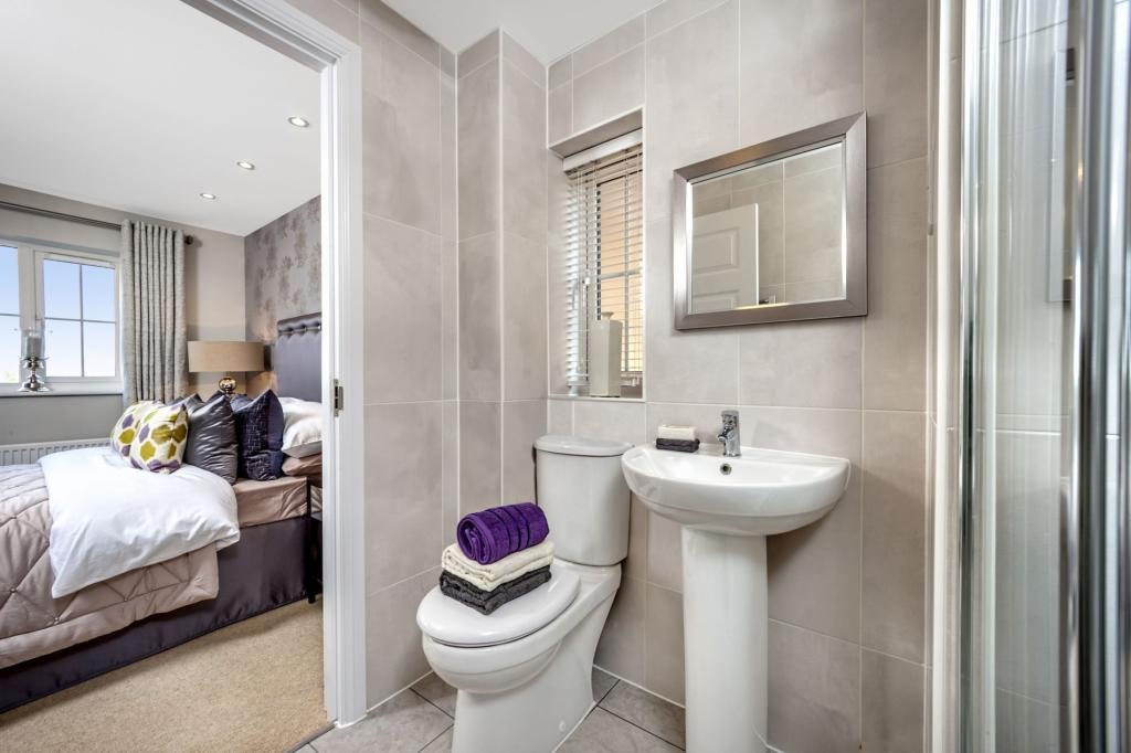 En suite from beautiful bedroom