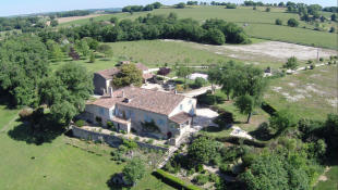 9 bedroom Country House in Lectoure, Gers...