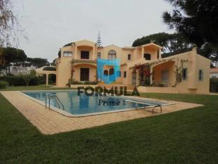 5 bedroom property for sale in Vilamoura, Loulé...
