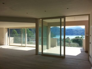 2 bed Apartment in Lombardy, Varese...