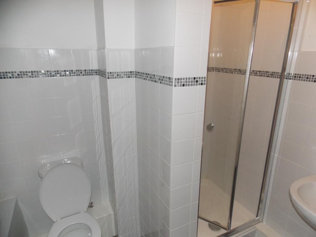 1115_1_libra_road_16_bathroom_new.jpg