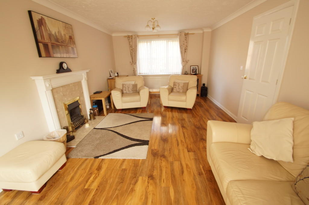 4 Bedroom Detached House For Sale In Saxmundham Ip17