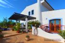 Villa for sale in São Bartolomeu de...