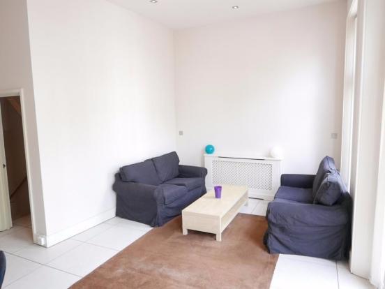 Lounge area neutral