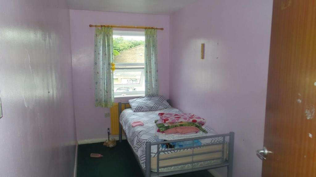 50 Odecroft Bedroom
