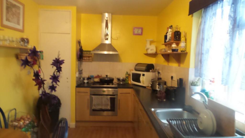 9 St James Kitchen.j
