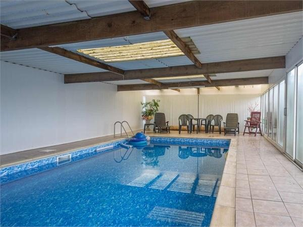 5 Bedroom Detached Bungalow For Sale In Pickwell Road Leesthorpe Melton Mowbray