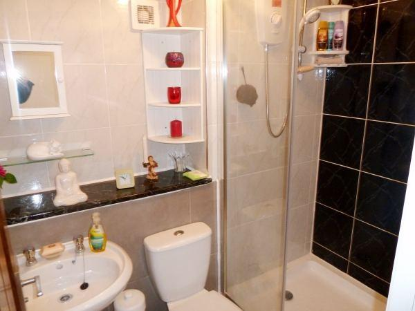 Annexe Refitted Bathroom