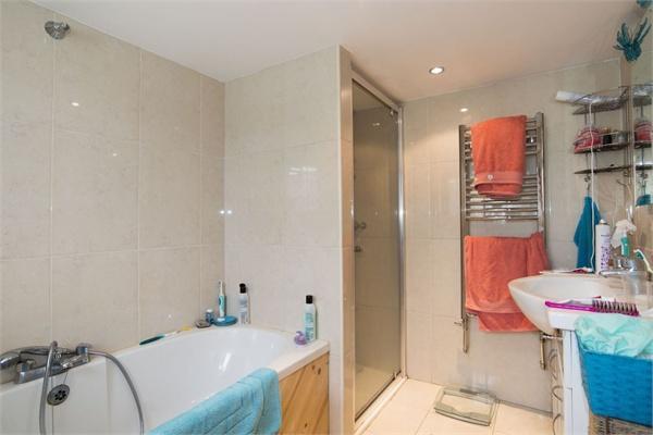 Cottage Two - Bathr