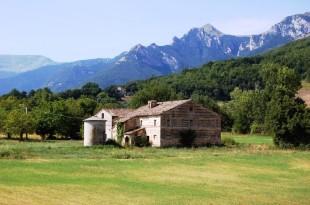 San Ginesio Farm House for sale