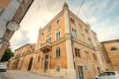 12 bed Character Property for sale in Petritoli, Fermo...