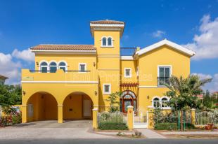 5 bed Villa for sale in Dubai