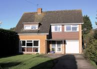 3 bed Detached house for sale in Vale Road, Claygate...