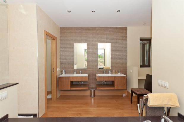 Master bedroom bathroom area