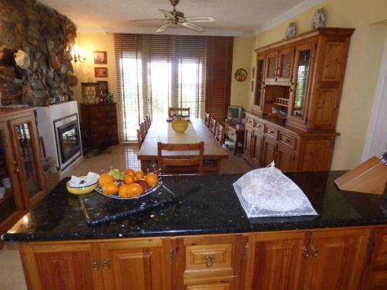 Kitchen+dining