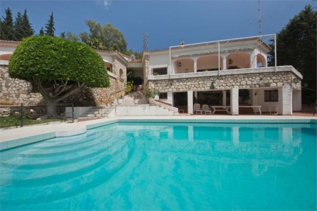 Villa+Swimming pool