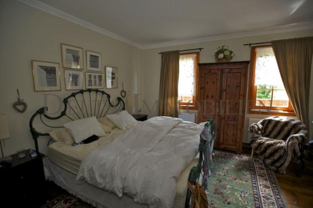 Bedroom with En-suite facilities