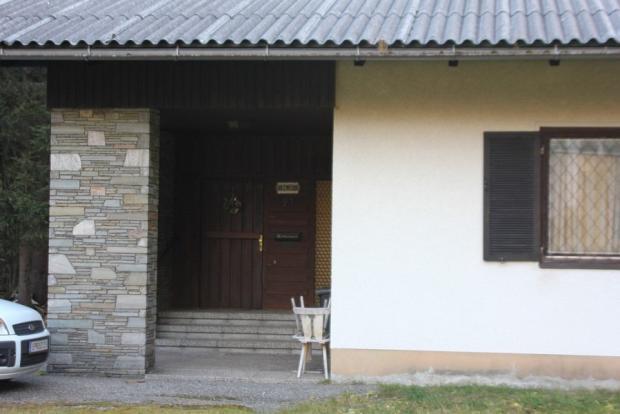 Bungalow - main entrance