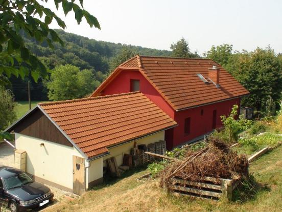 View of the house and the garage