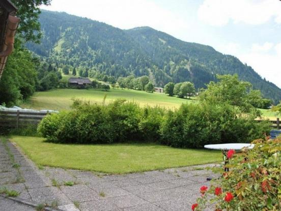 Garden & Terraced area