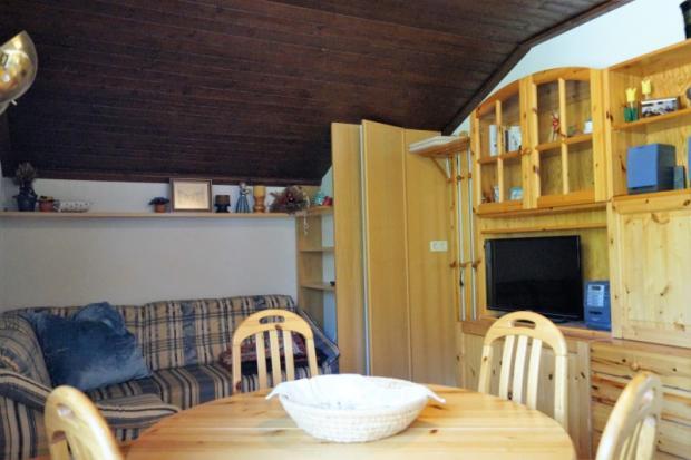 Lounge-Dining area