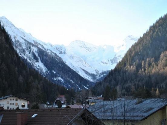 Berghof view to Ankogel