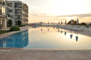 Apartment for sale in Mugla, Milas, G�ll�k