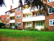 Flat to rent in Brick Farm Close, Kew...