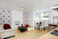 2 bedroom Flat in A Homefield Road...