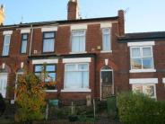 2 bedroom Terraced property in Turncroft Lane, Offerton...