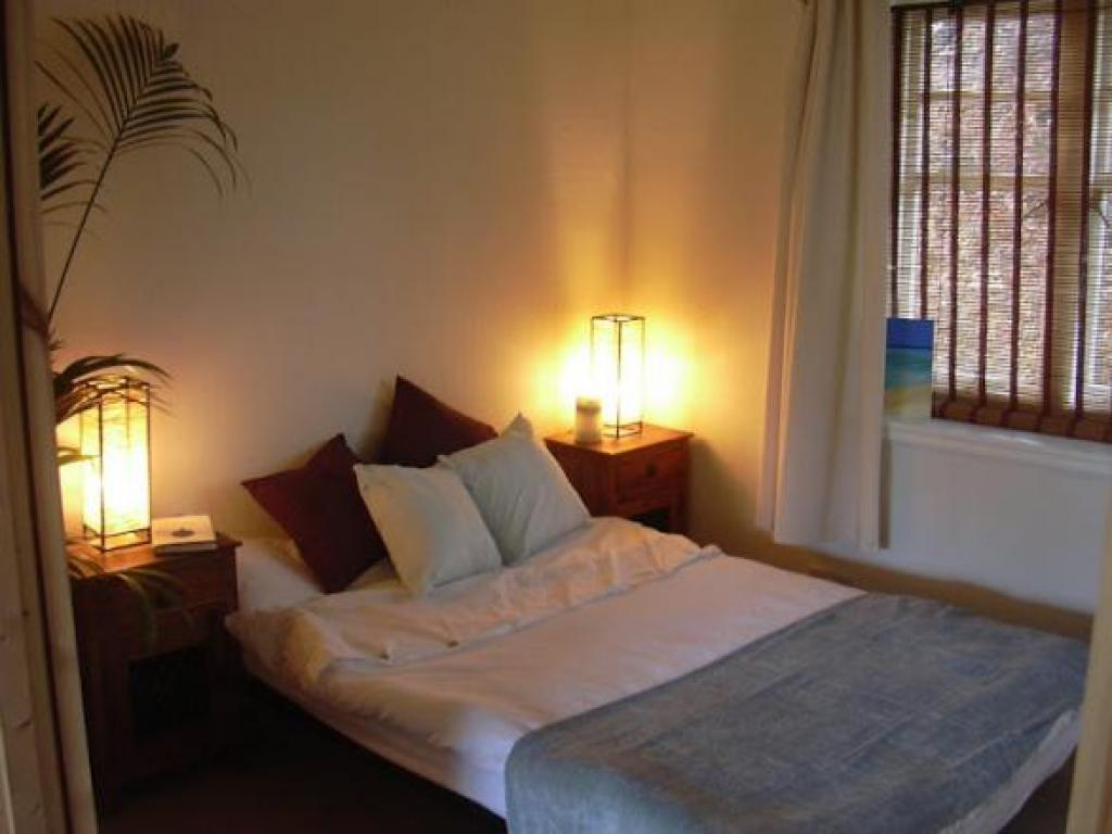 Good sized bedroom. Double doors open on to lounge