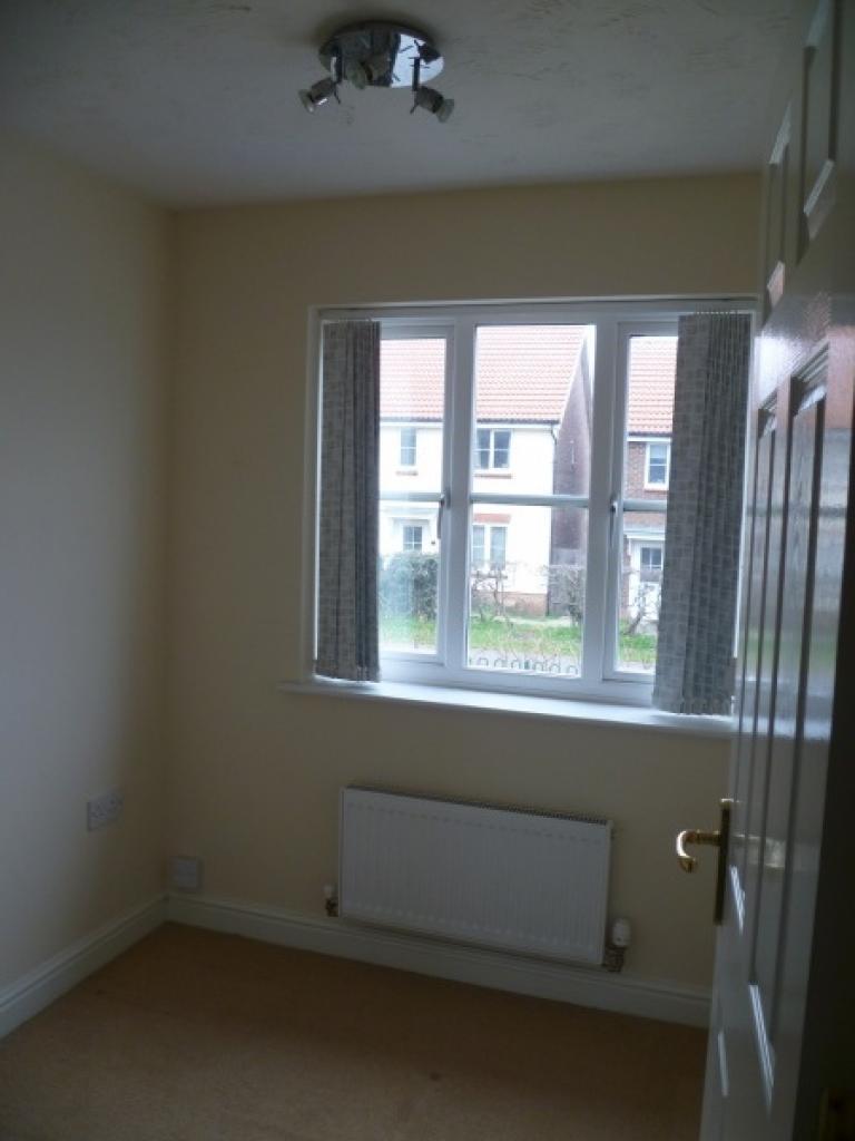 Bedroom 3 (1st floor)
