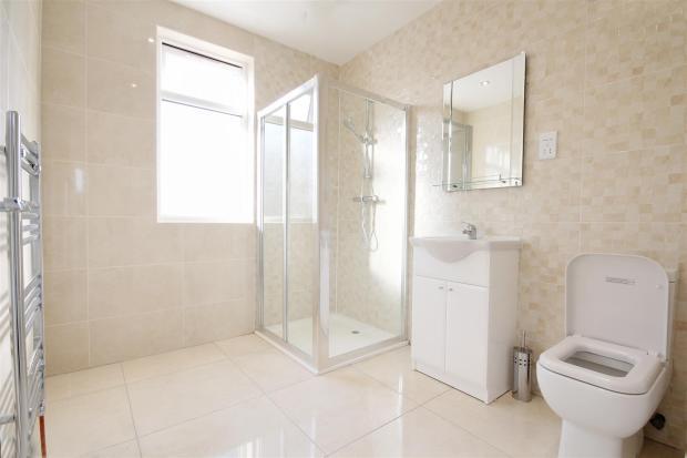 2nd floor bathroom.j