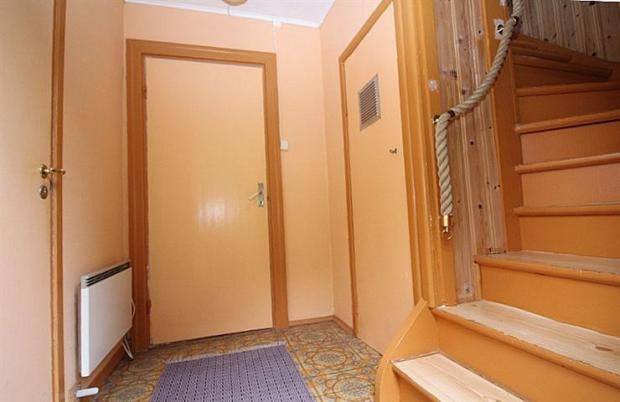 Hall, uppstairs
