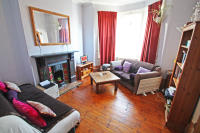 2 bedroom Ground Flat to rent in Richmond Road, London...