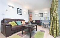 1 bed Apartment to rent in Adriatic Apartments, E16