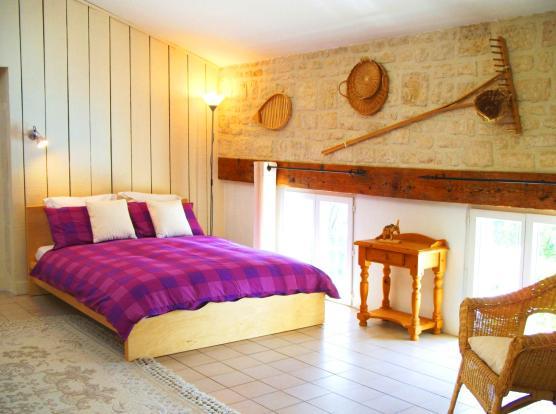 Colomberie  Bedroom1