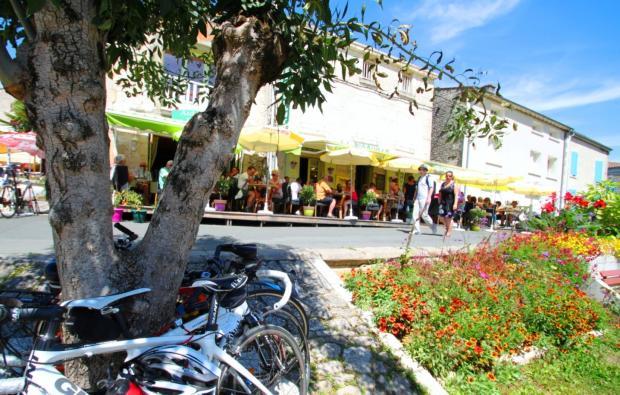 Coulon Cafes
