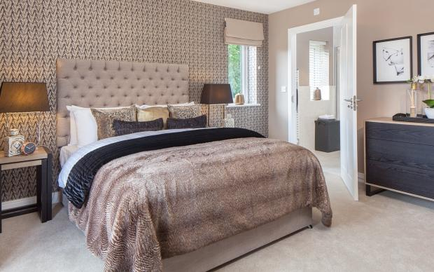 Greenvale master with ensuite