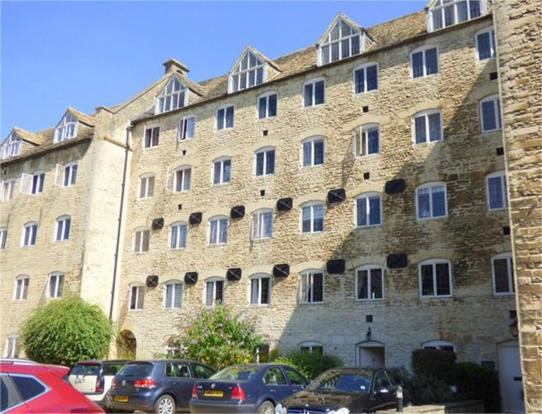 2 bedroom ground floor flat for sale in coopers mill for Coopers mill