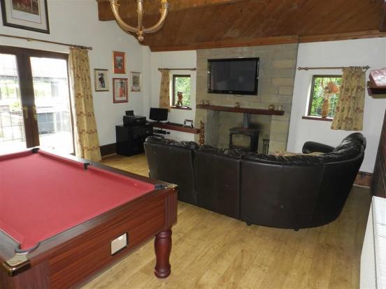 Lounge/Games Room