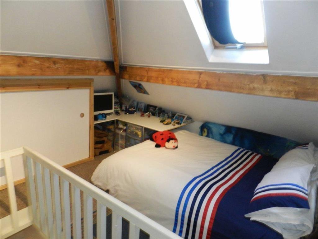 2nd Floor Bedroom Fo