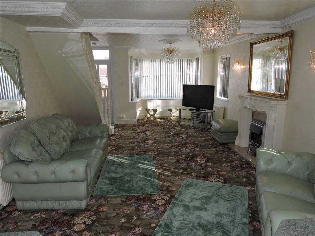 Lounge/Dining Room/K