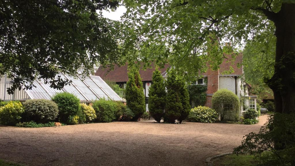 Pinnerwood House Dri