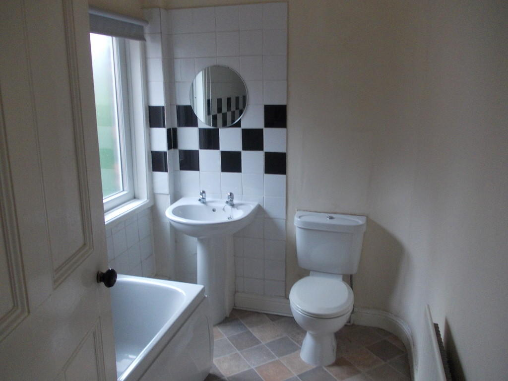 Bathroom S6 1SS