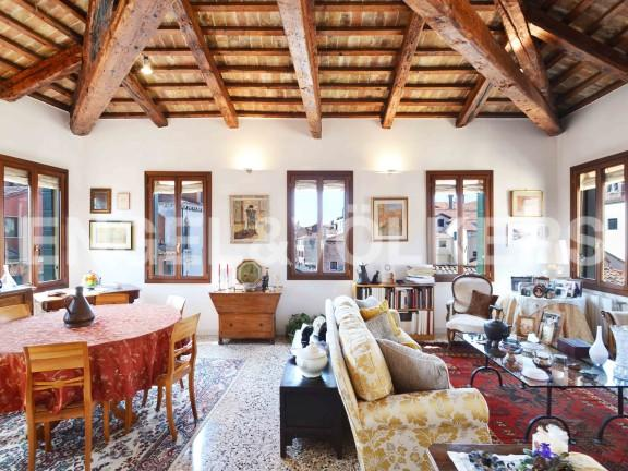Venezia Terraced house for sale
