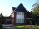 4 bed Detached property to rent in NORTH WAY, PINNER