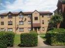 Flat for sale in Pycroft Way, London, N9